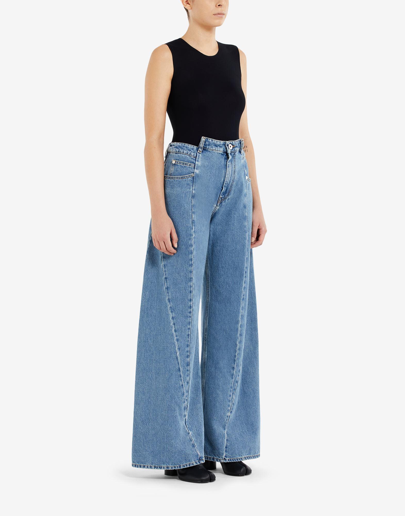 MAISON MARGIELA Pantalones de pernera ancha con diseño asimétrico decorticado Pantalones vaqueros Mujer d