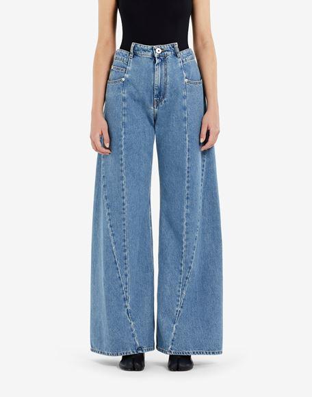 MAISON MARGIELA Pantalones de pernera ancha con diseño asimétrico decorticado Pantalones vaqueros Mujer a