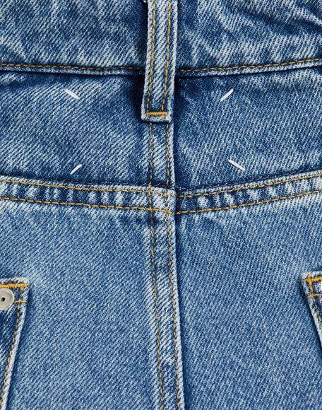 MAISON MARGIELA Pantalones de pernera ancha con diseño asimétrico decorticado Pantalones vaqueros Mujer b