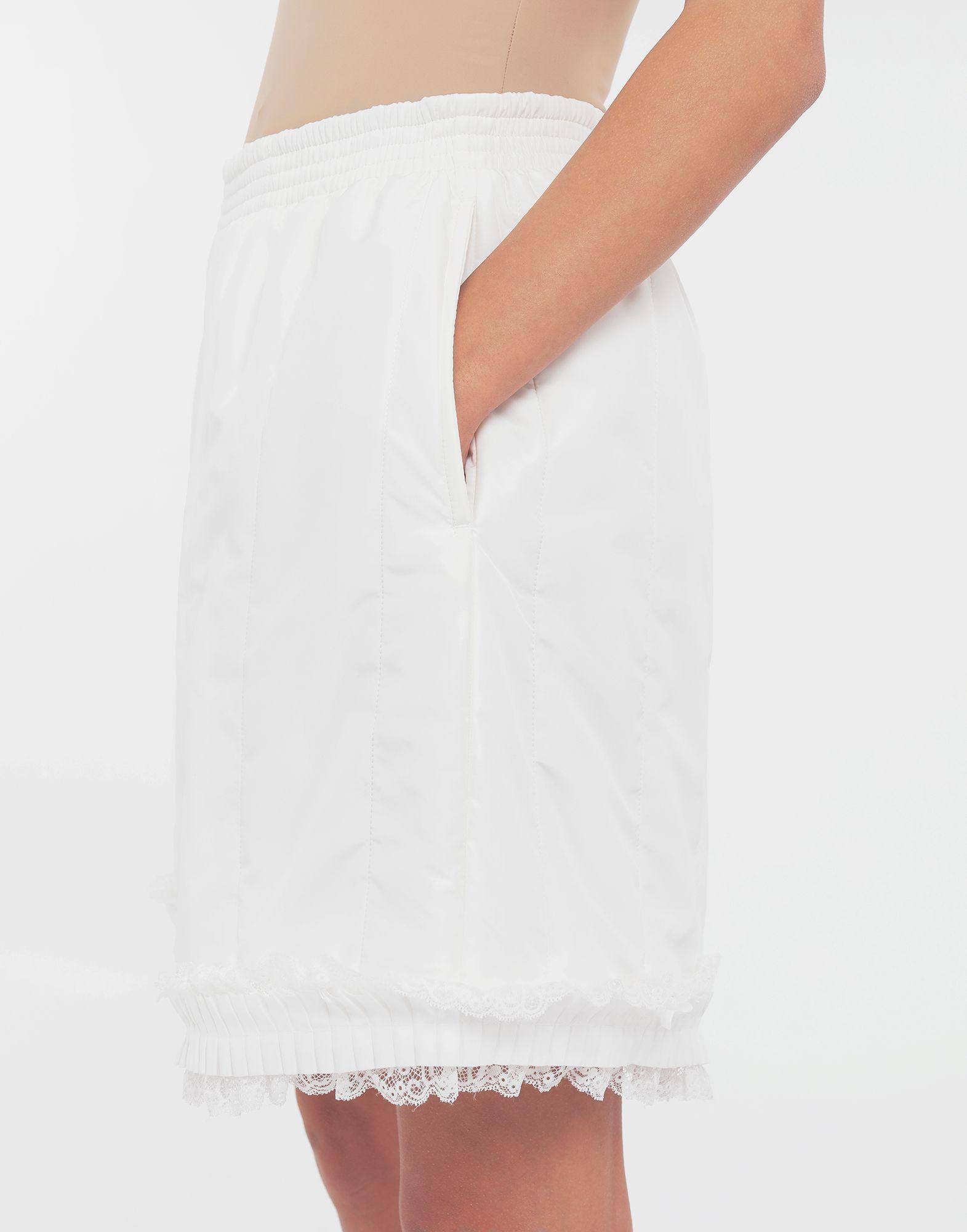 MM6 MAISON MARGIELA Lace-trimmed jersey shorts Shorts Woman a