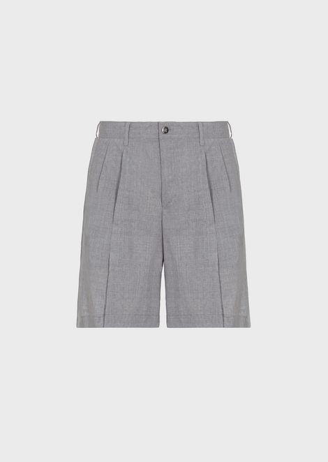 Light wool Bermuda shorts with darts