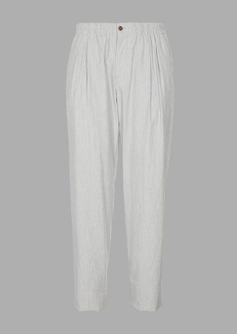 Pantaloni con pinces in tela di cotone millerighe seersucker