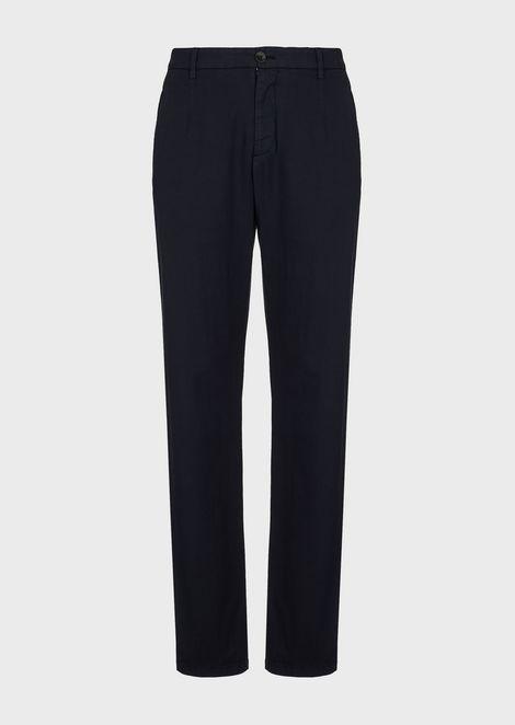 Pants in garment-dyed stretch cotton natté