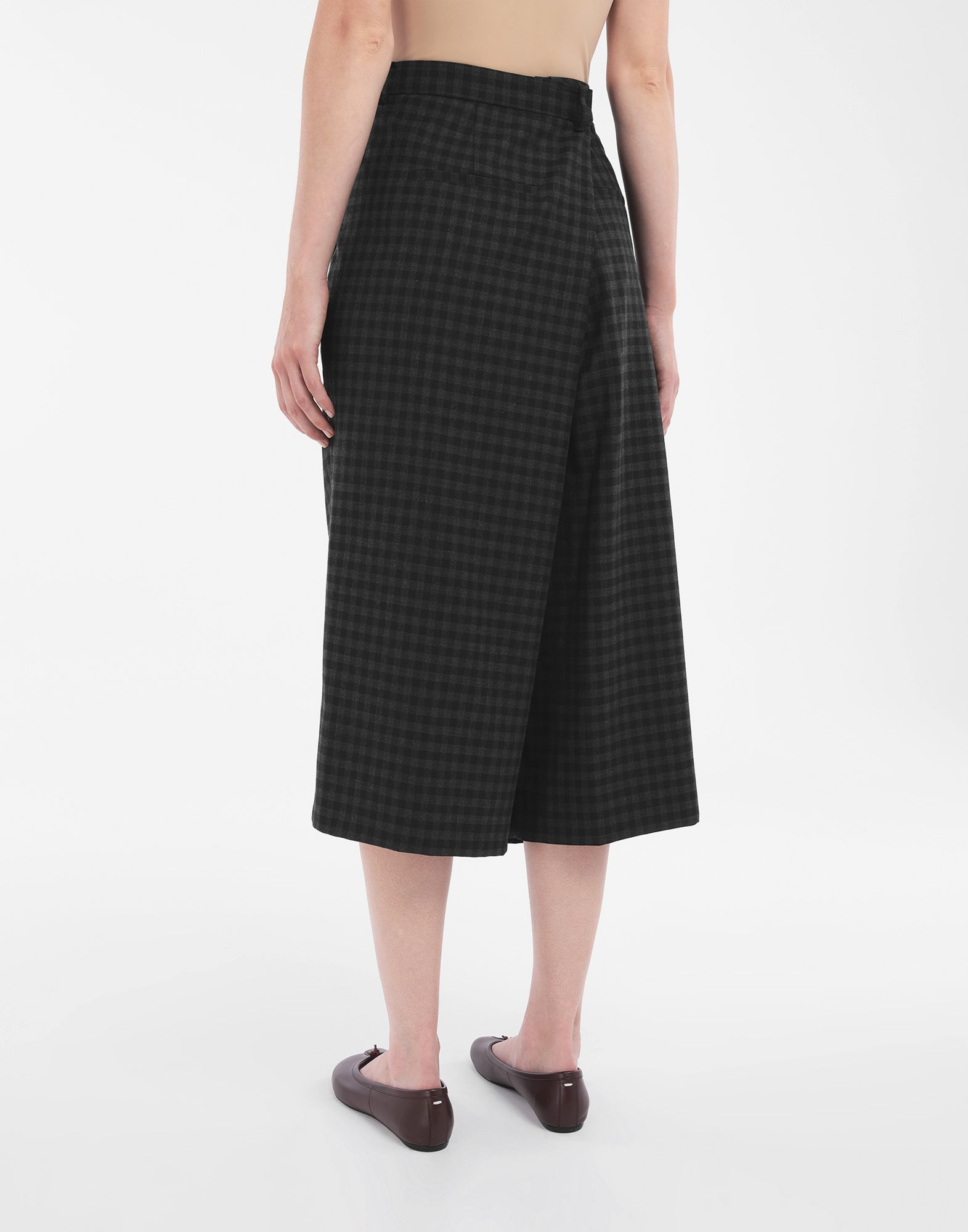 MAISON MARGIELA Reworked check culottes Shorts Woman e