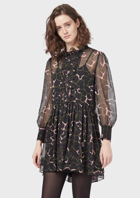 Crepon dress with LeoFlower print, flounce and plissé plastron