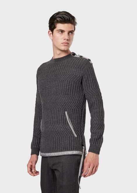 Pure virgin wool sweater with opening at the shoulder