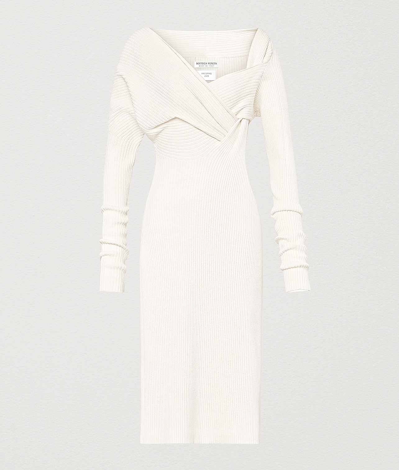 Exact Product: Kylie Jenner Off White Off-Shoulder Sweater Dress Party Autumn Winter 2020, Brand: Bottega Veneta, Available on: bottegaveneta.com, Price: $2560