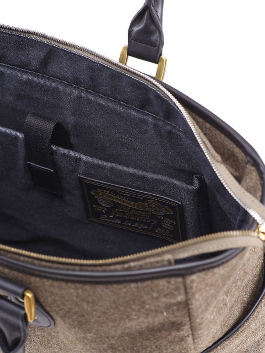 DIESEL ZIP DREAMWAVE Handbag U b