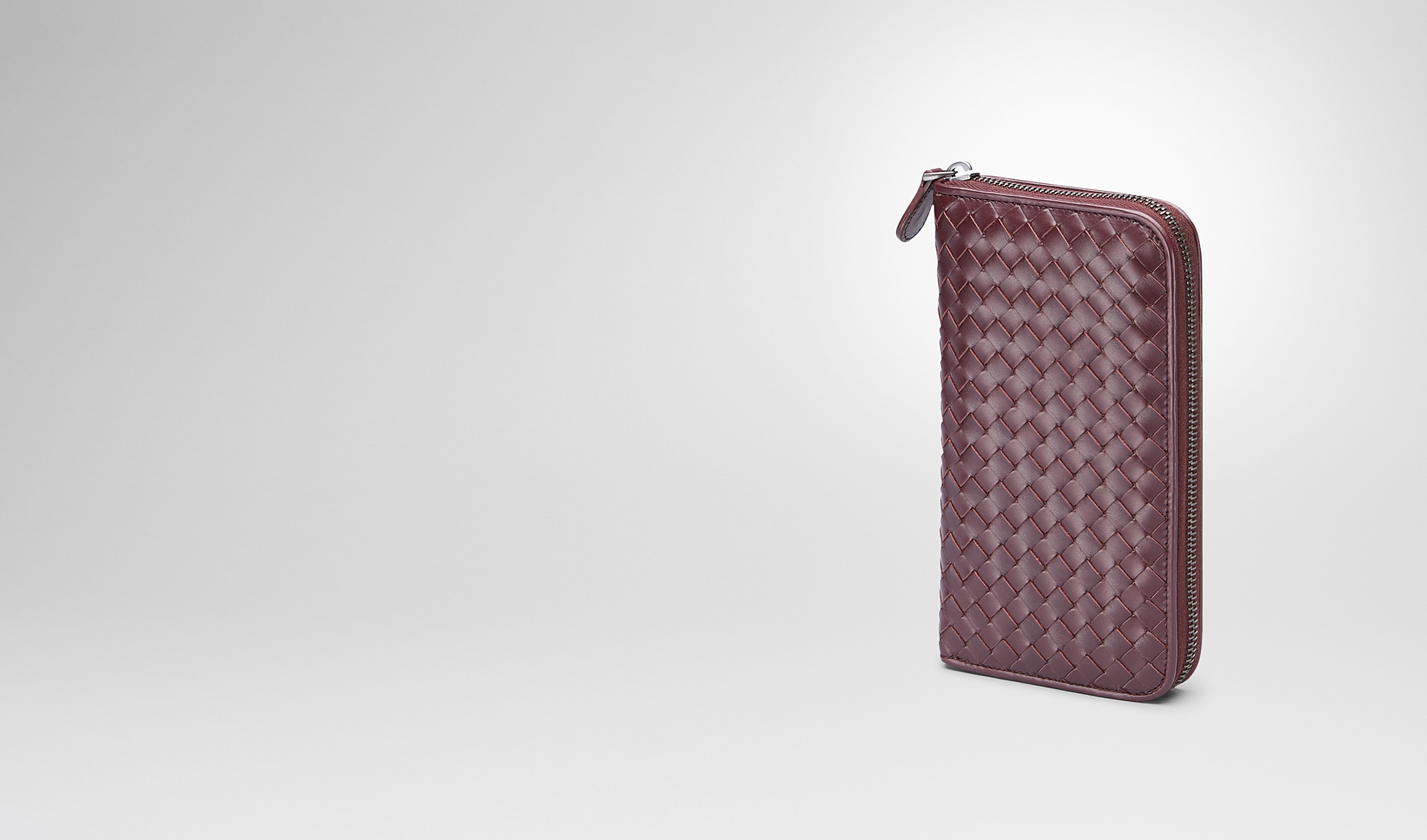 BOTTEGA VENETA Zip Around Wallet U Aubergine Intrecciato Vn Zip Around Wallet pl