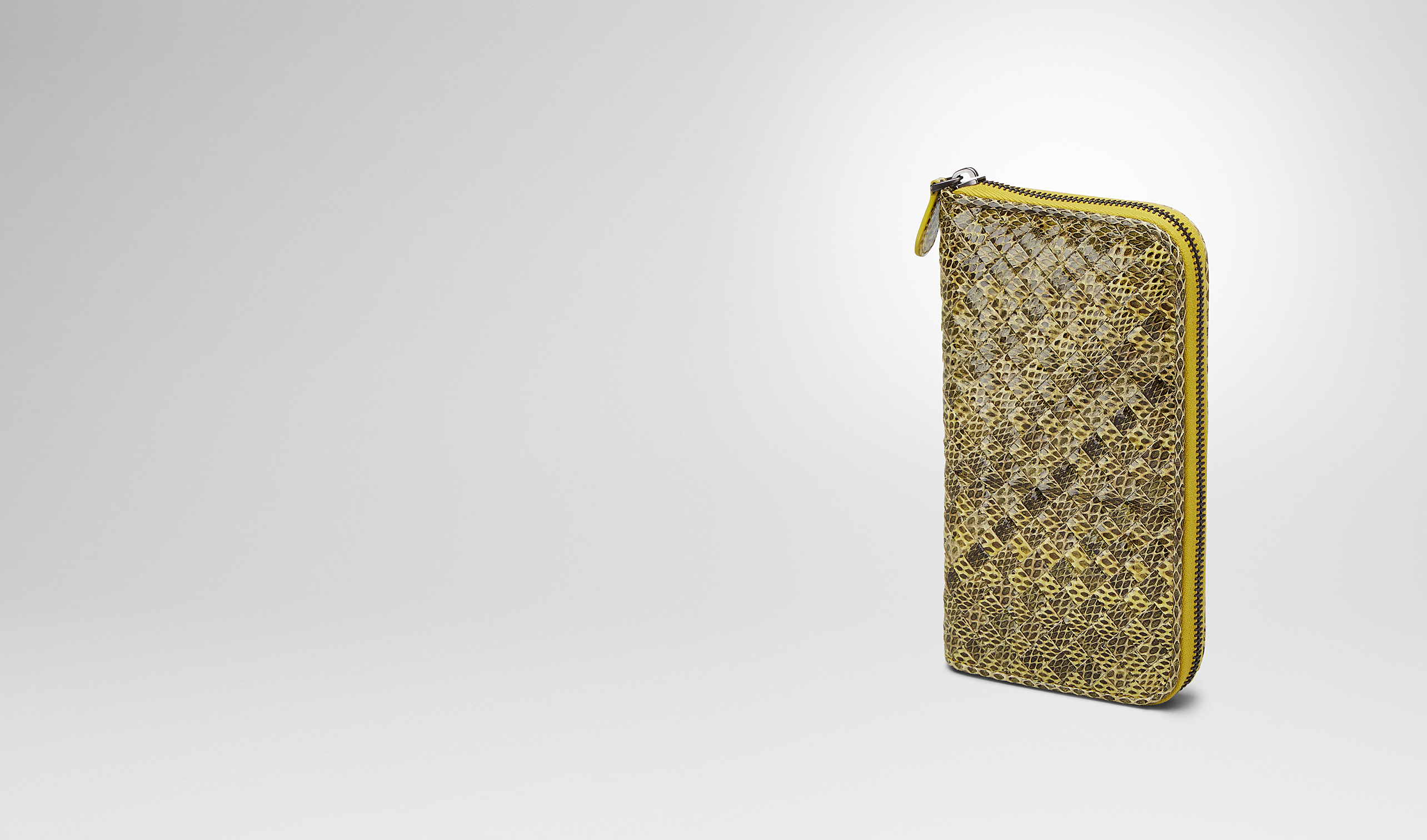 BOTTEGA VENETA Zip Around Wallet D NEW CHARTREUSE Intrecciato Ayers Livrea ZIP AROUND WALLET pl