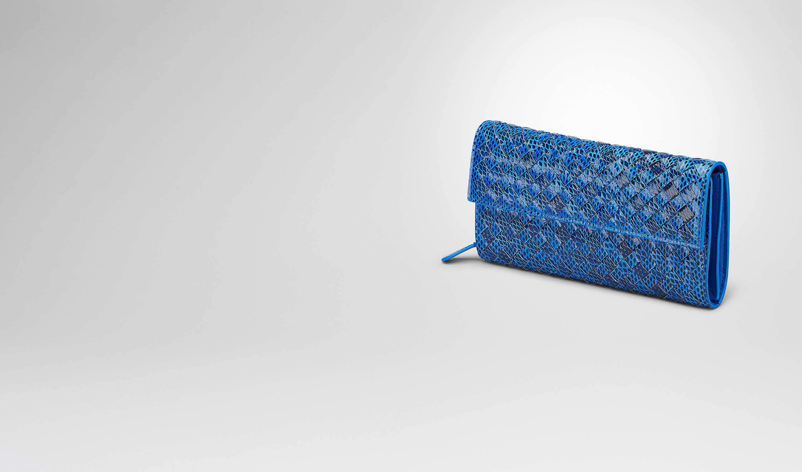 BOTTEGA VENETA Portafoglio continental D PORTAFOGLIO CONTINENTAL SIGNAL BLUE IN AYERS LIVREA INTRECCIATO pl