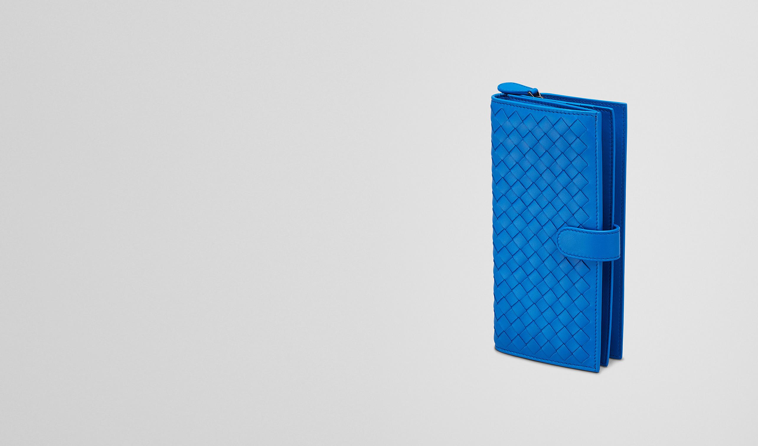 BOTTEGA VENETA Continental Portemonnaie D CONTINENTAL PORTEMONNAIE AUS NAPPALEDER INTRECCIATO SIGNAL BLUE pl