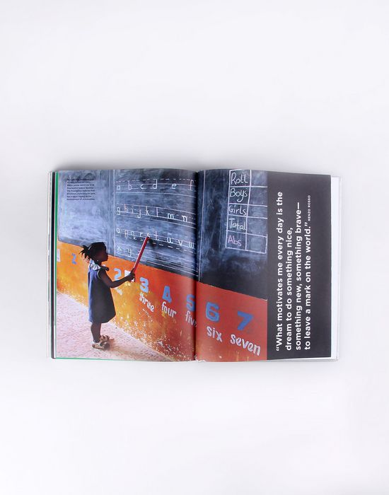 MAISON MARGIELA Radical Renaissance 55+5 BOOK E a