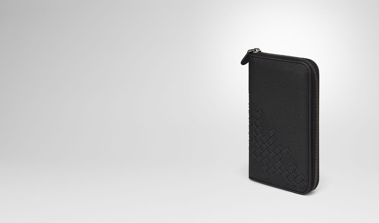 nero cervo zip-around wallet landing