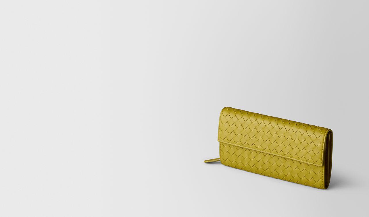 portefeuille continental en cuir nappa intrecciato chamomile landing