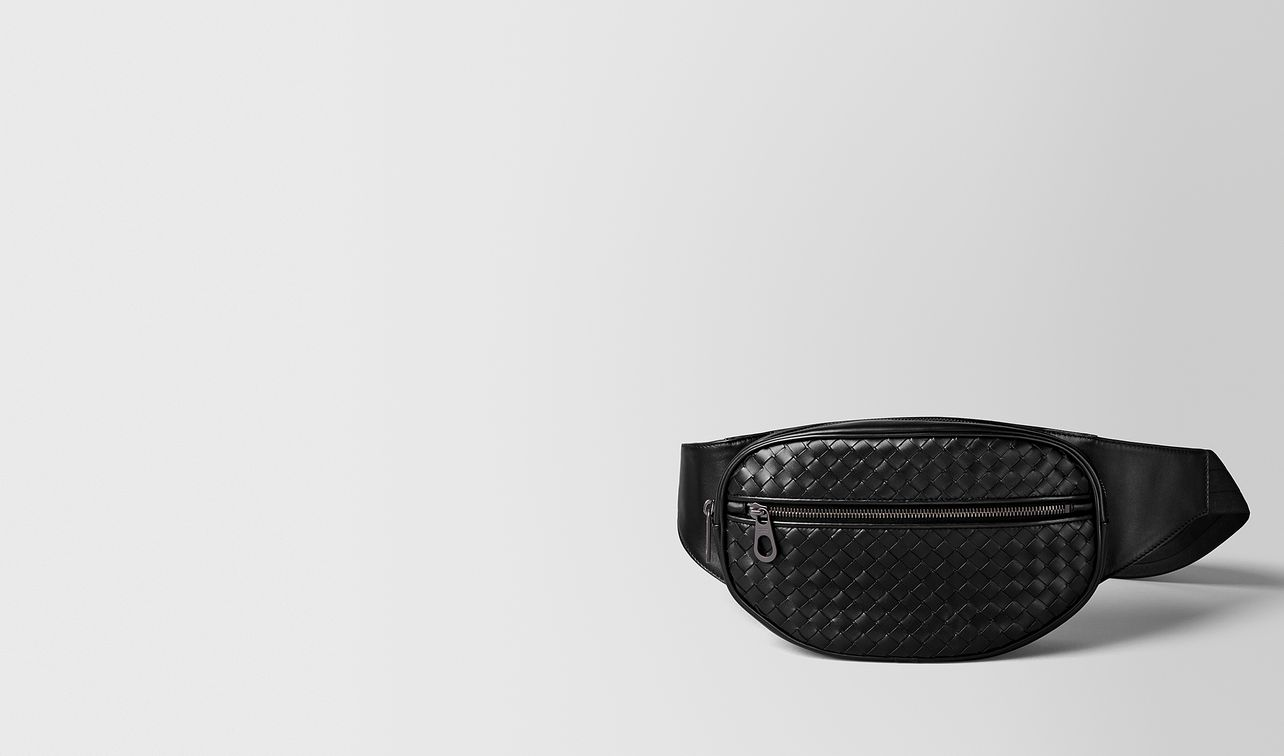 nero intrecciato vn belt bag landing
