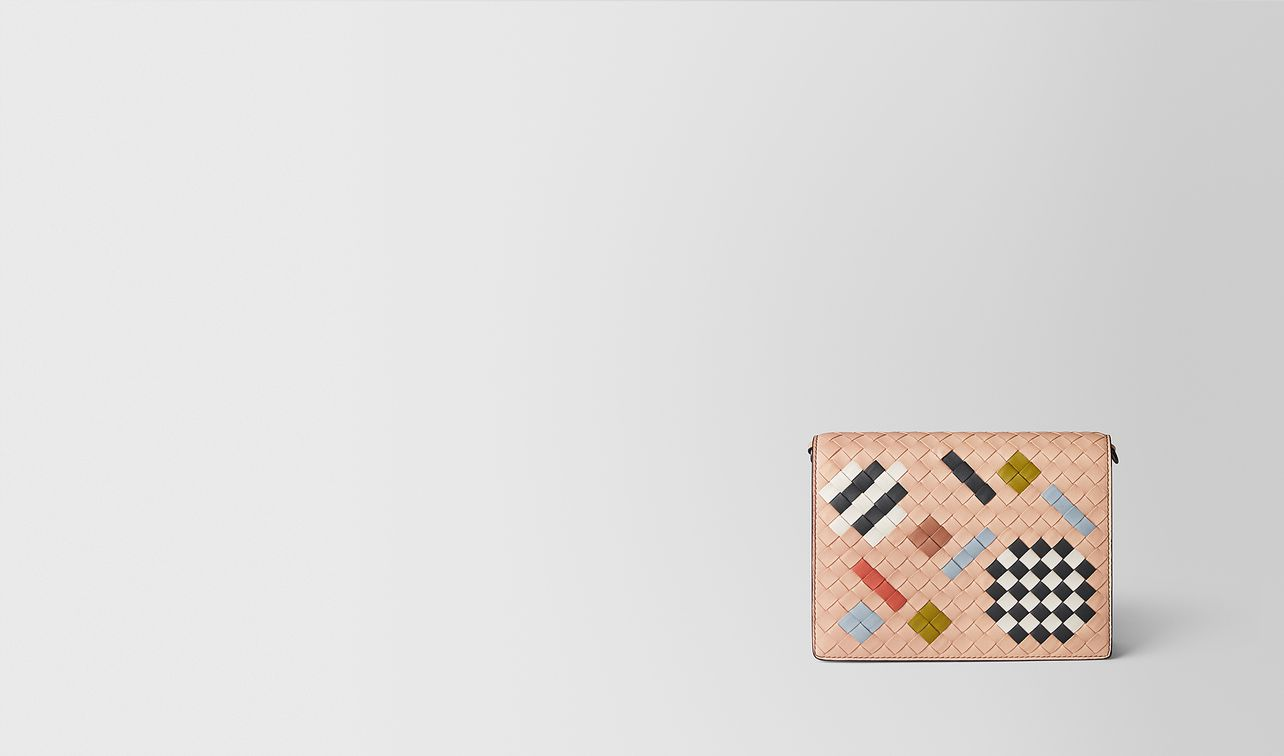 peach rose intrecciato abstract chain wallet landing