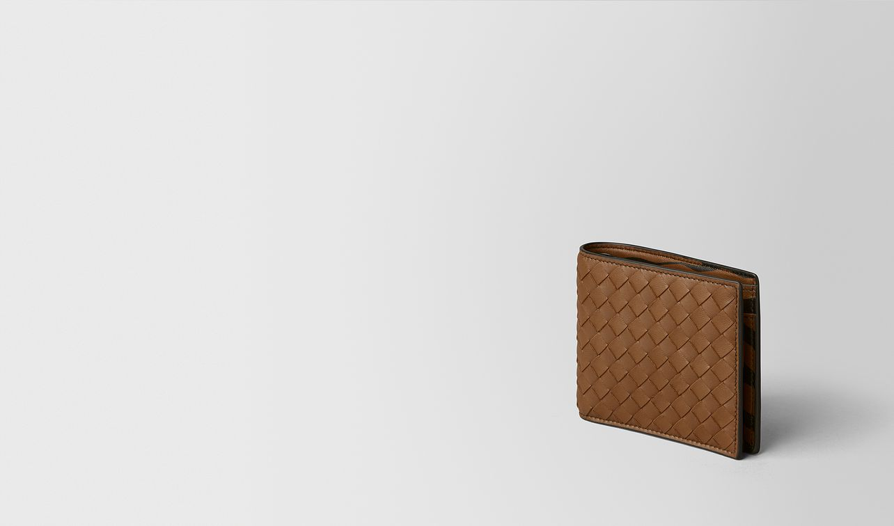 dark leather/nero intrecciato nappa wallet landing