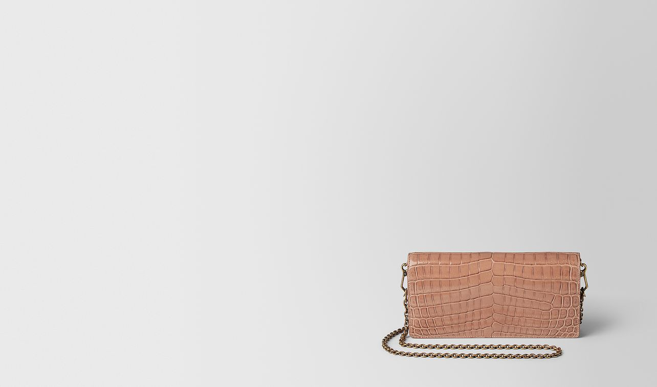 dahlia crocodile chain wallet landing