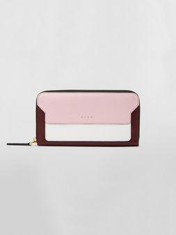 Marni Rechteckige Brieftasche aus Saffiano-Leder mit umlaufendem Reißverschluss in Rosa, Weiß und Burgunderrot  Damen