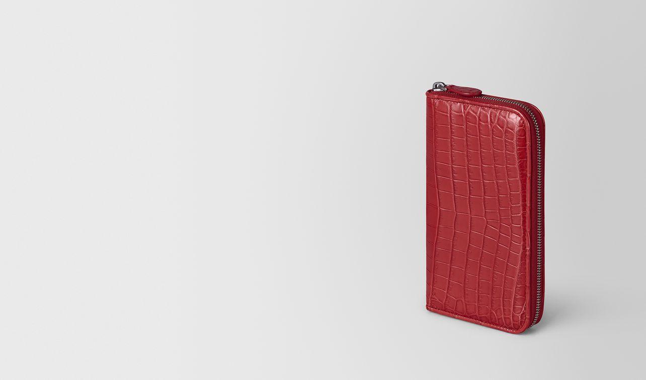 zip around wallet in crocodile landing