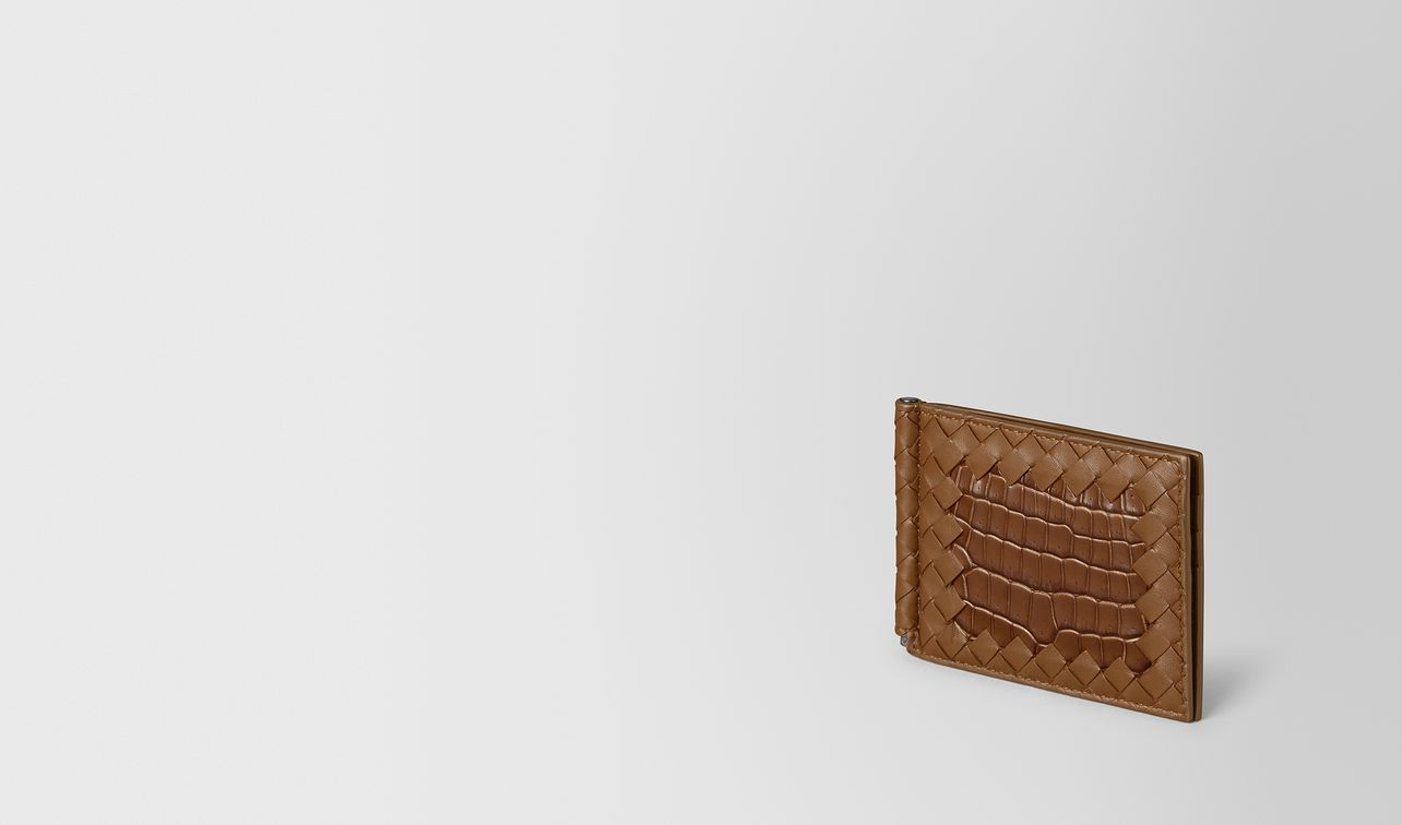 billfold in nappa and soft crocodile landing