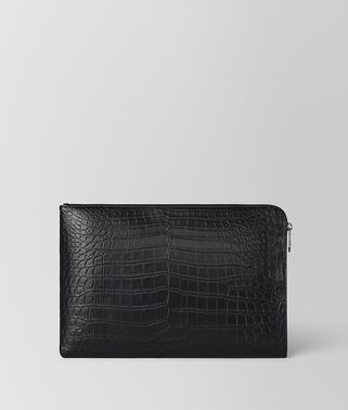 DOCUMENT CASE IN CROCODILE