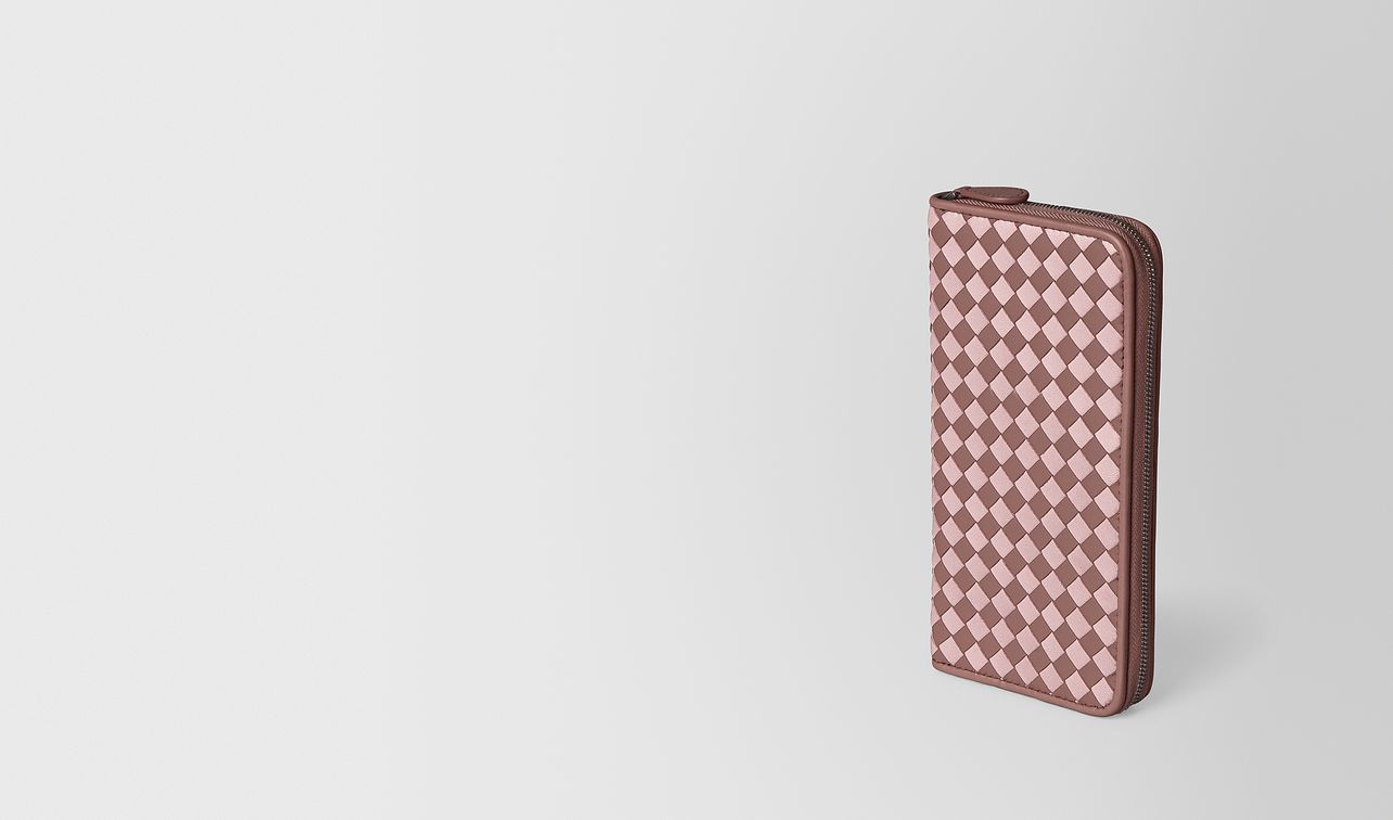 zip-around wallet in intrecciato chequer  landing