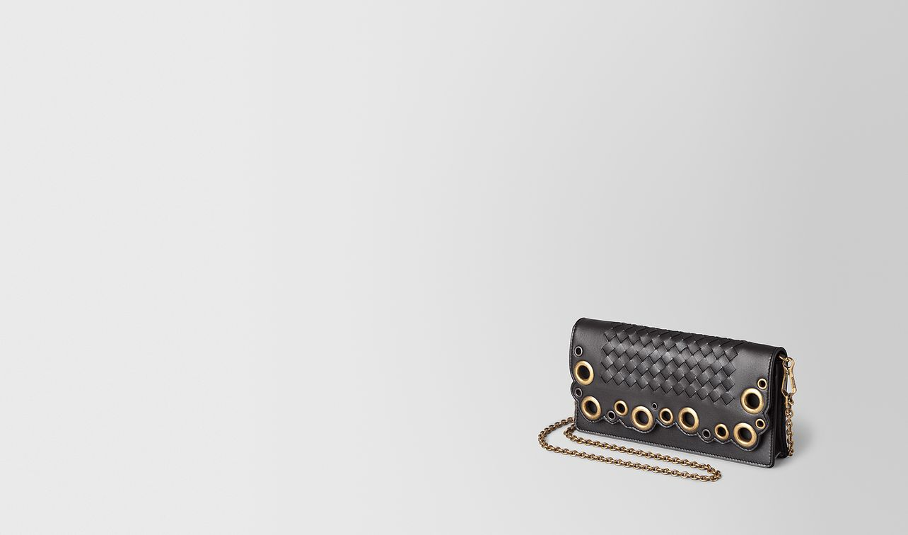chain wallet in intrecciato lace  landing