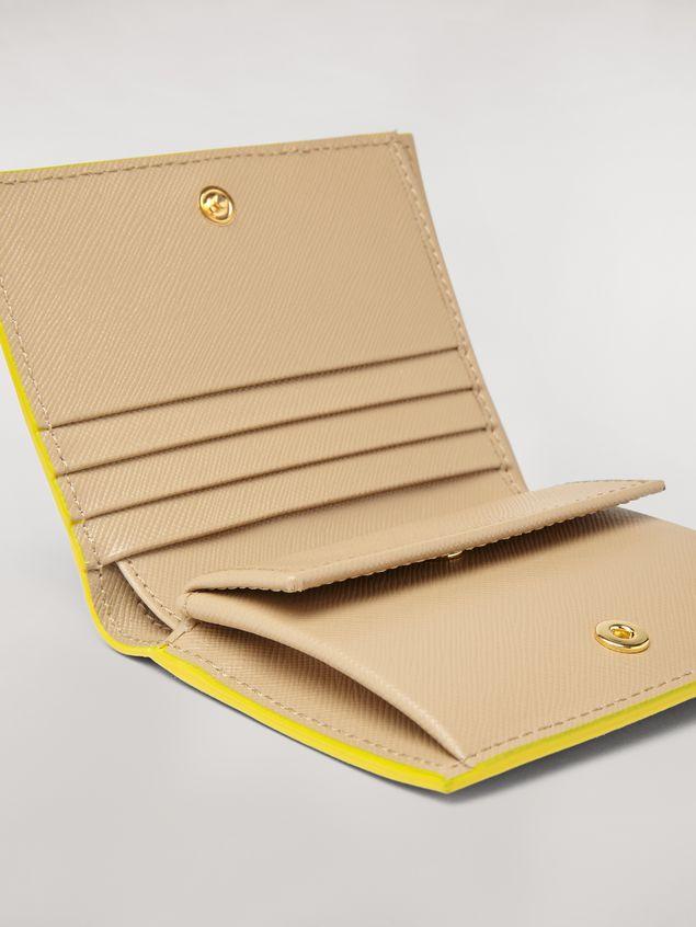 Marni Bi-fold wallet in orange, black and beige saffiano leather  Woman - 4