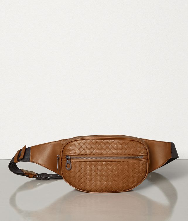 BOTTEGA VENETA BELT BAG IN INTRECCIATO VN Belt Bag [*** pickupInStoreShippingNotGuaranteed_info ***] fp