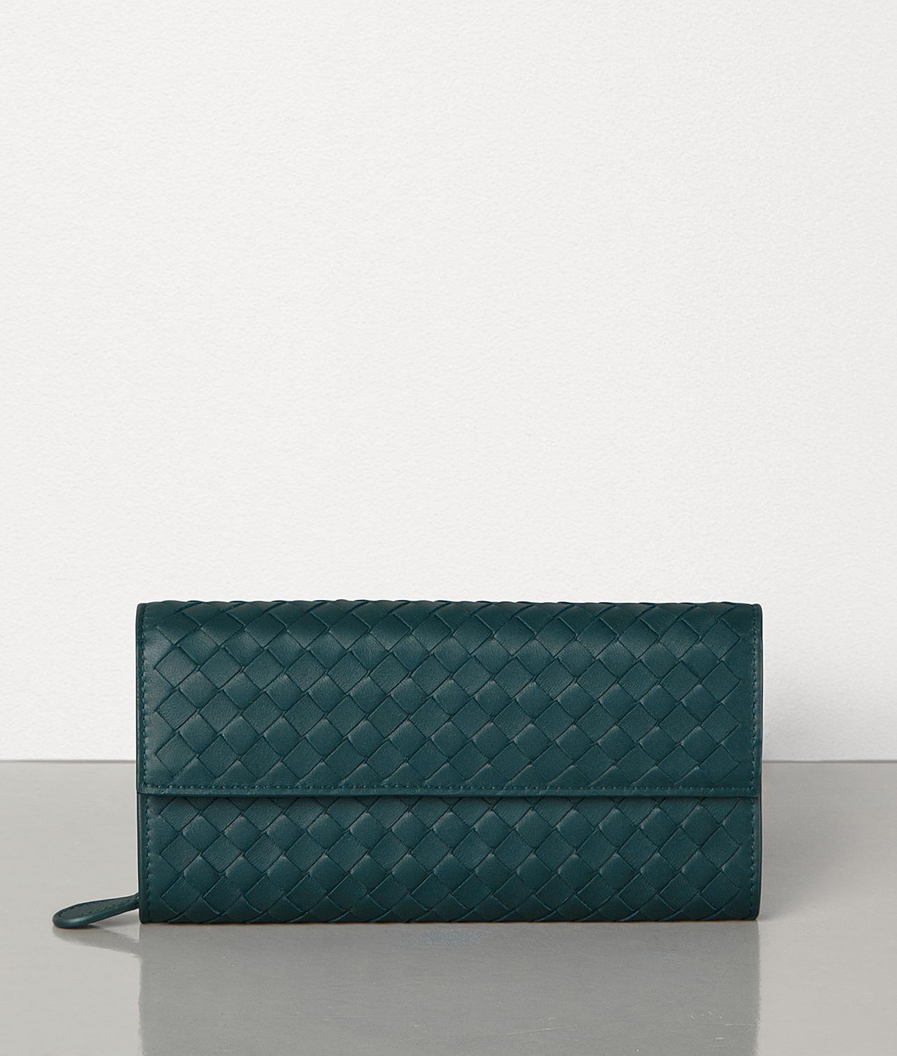 30代の女性に人気ボッテガの財布