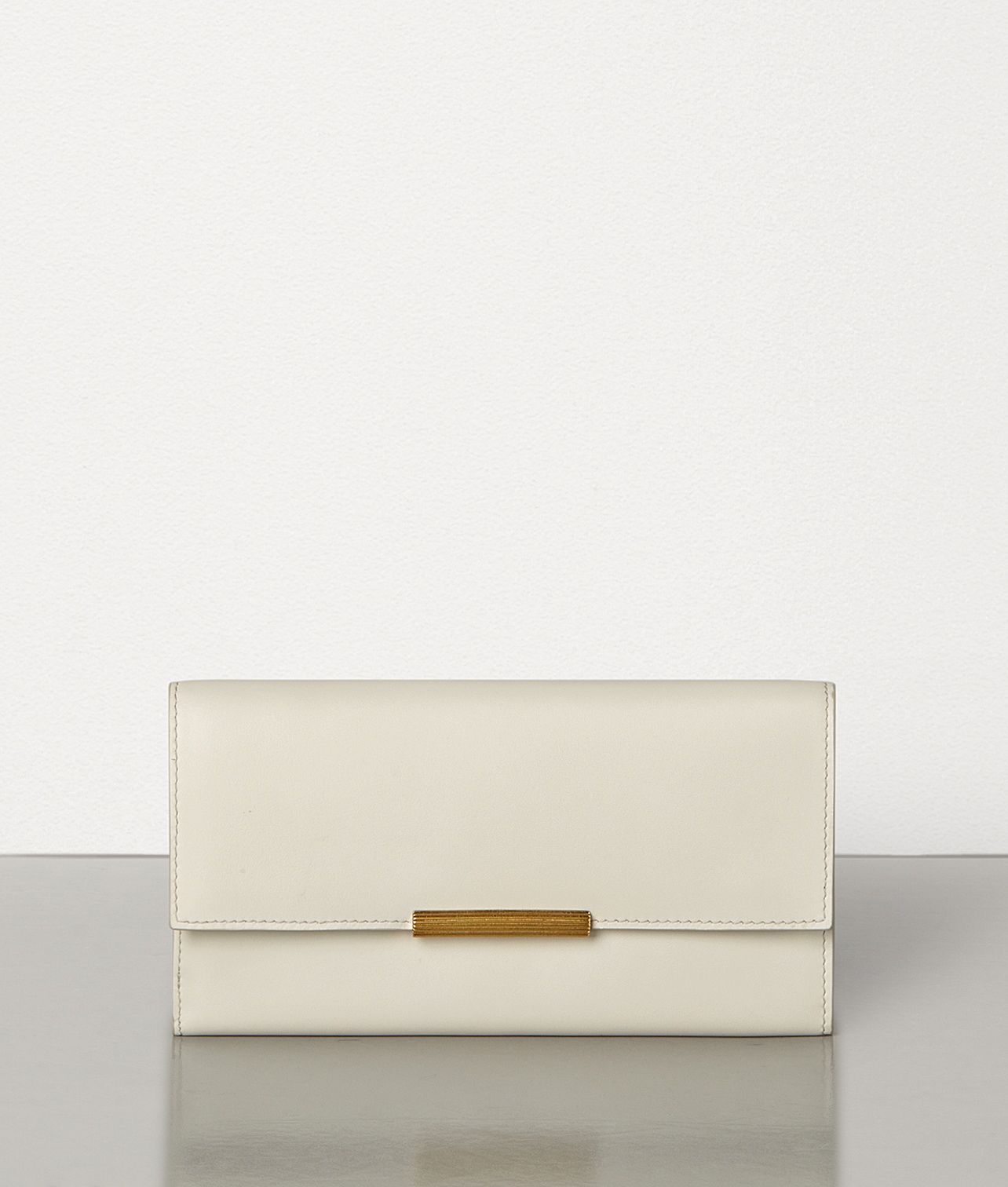 30代の女性に定番ボッテガの財布