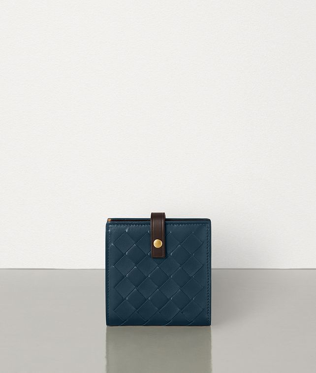 BOTTEGA VENETA MINI FRENCH WALLET IN MAXI INTRECCIO Small Wallet Woman fp