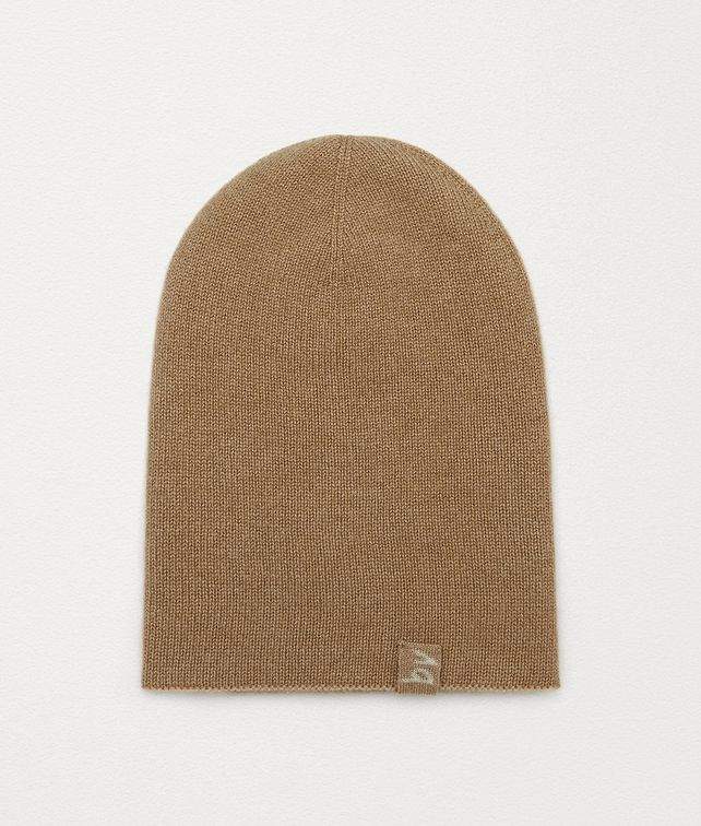 BOTTEGA VENETA BEANIE IN CASHMERE Scarves, Gloves & Others Man fp