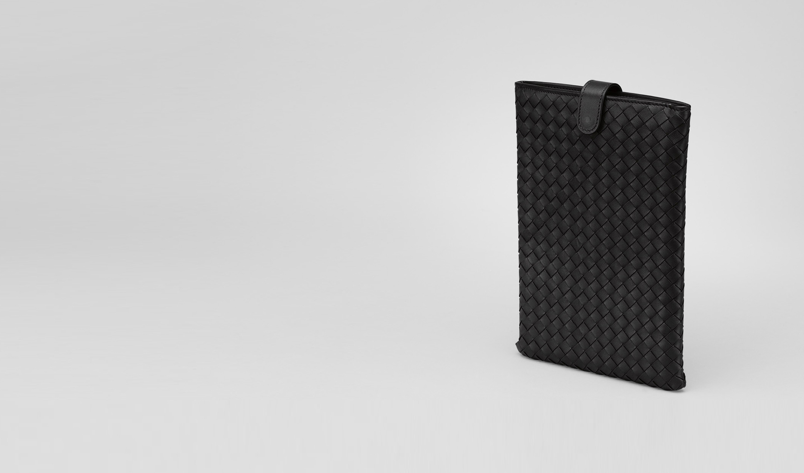 BOTTEGA VENETA Other Leather Accessory E Nero Intrecciato Nappa Mini Ipad Case pl