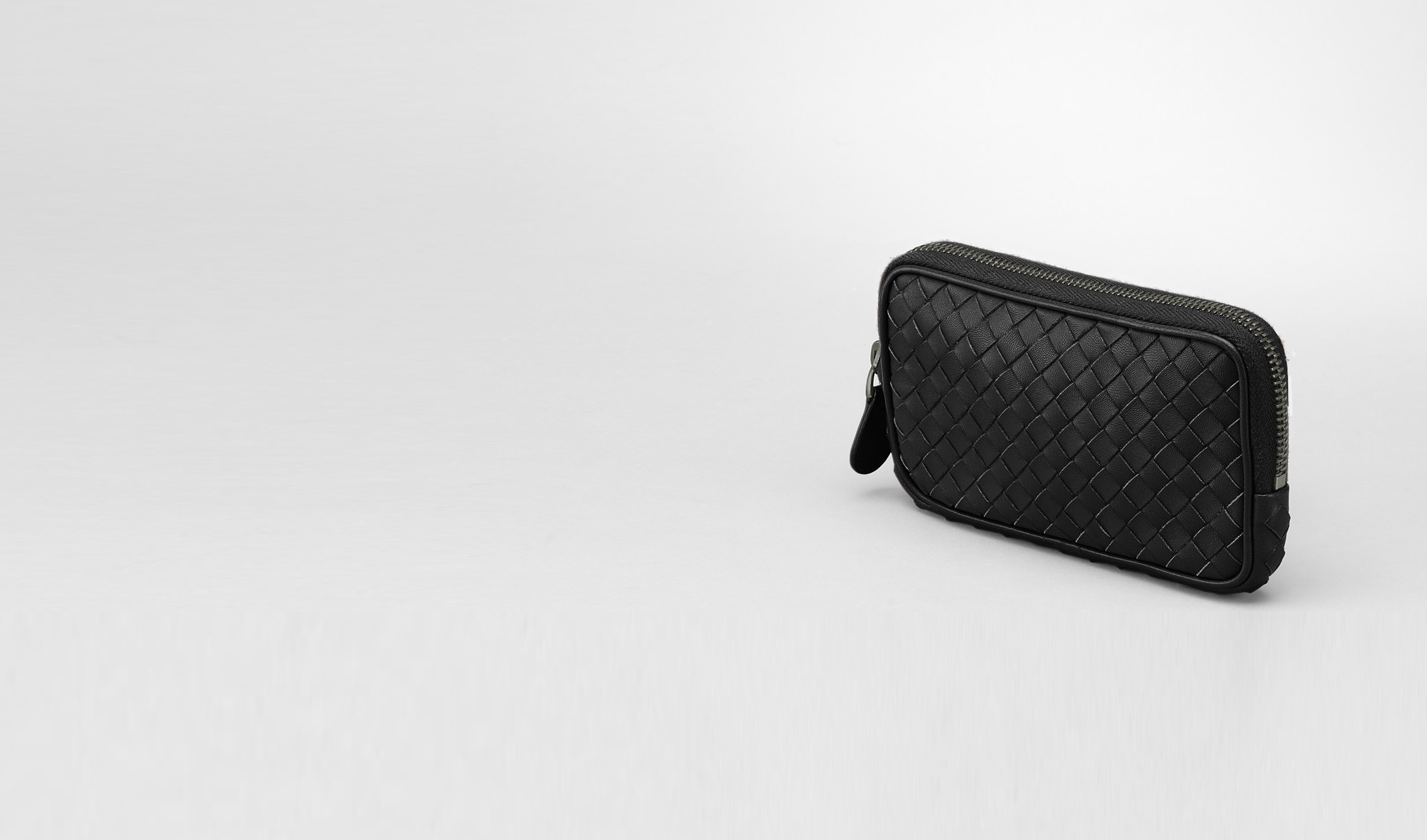 BOTTEGA VENETA Other Leather Accessory D Nero Intrecciato Nappa Hi-tech Case pl