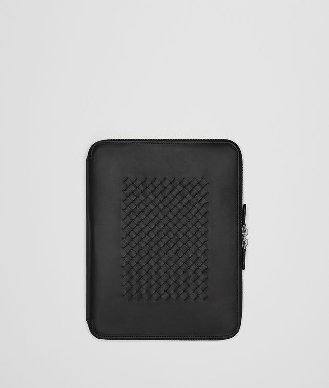 BOTTEGA VENETA NERO INTRECCIATO IPAD CASE Tech Accessory E fp