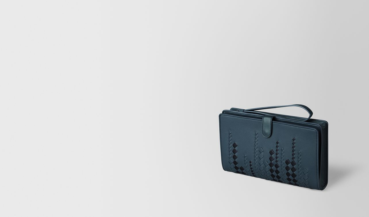 denim/tourmaline nappa multi-functional case landing