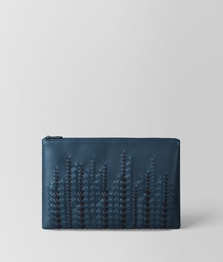 POCHETTE IN NAPPA DENIM/TOURMALINE