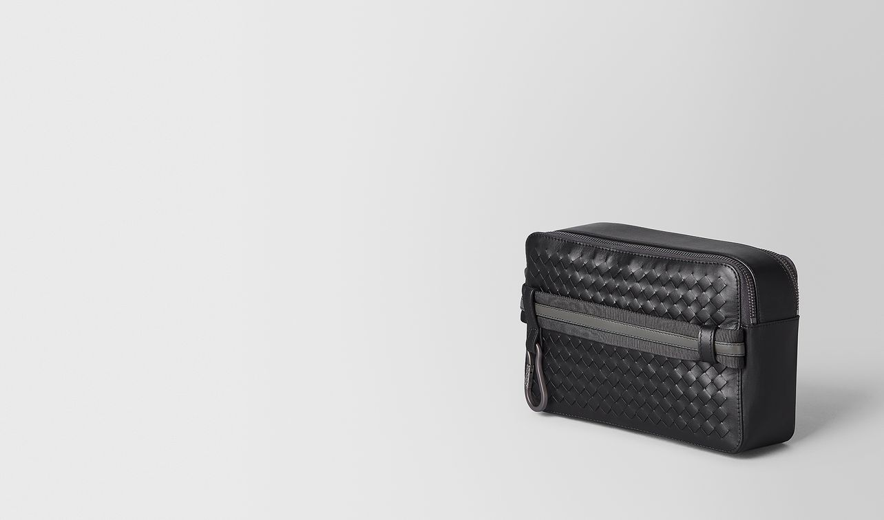 toiletry case in intrecciato vn and nappa landing
