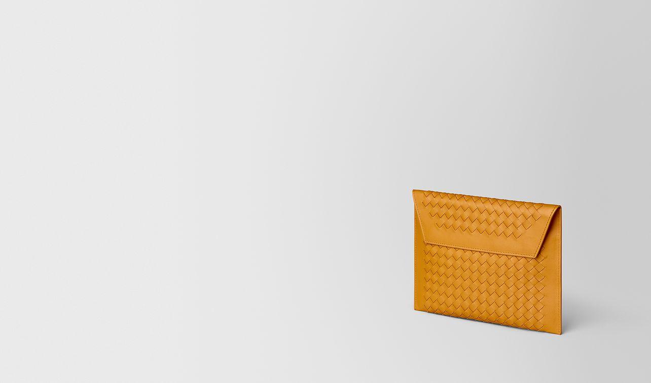 pochettes multiples en cuir nappa intrecciato  landing