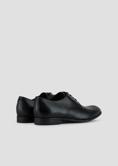 Derby in crafted matt leather