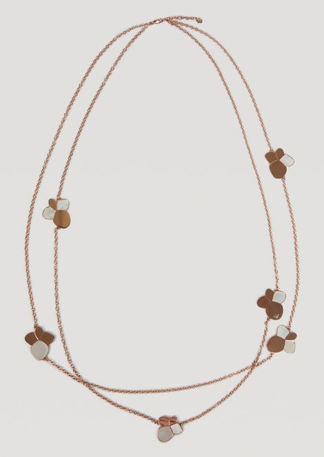 Multi-strand necklace with stylised mother-of-pearl flowers