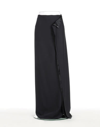 COLLECTION DÉFILÉ Long skirt D f