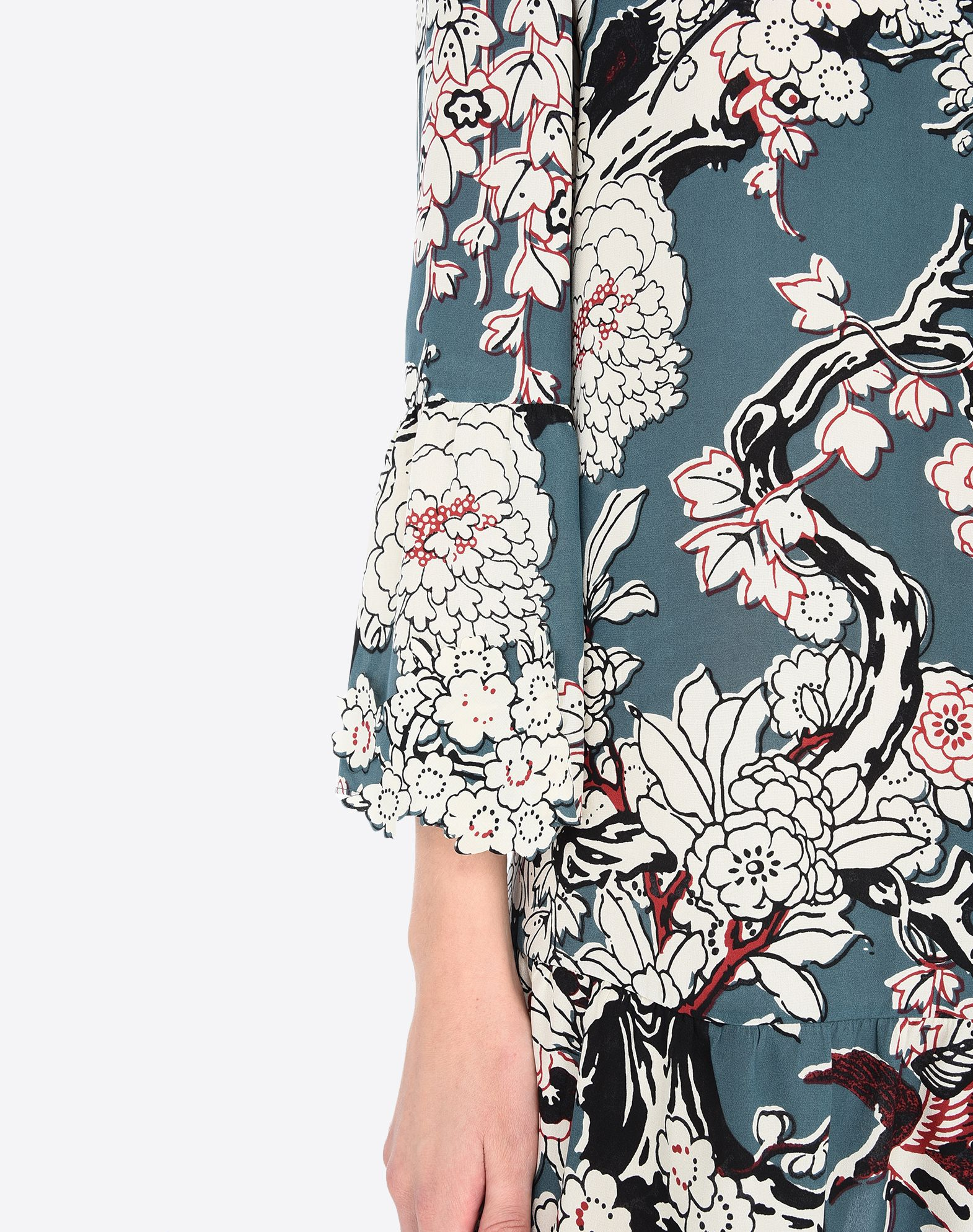 VALENTINO Frills Floral design Turtleneck Rear zip closure Lined interior  34660797jt