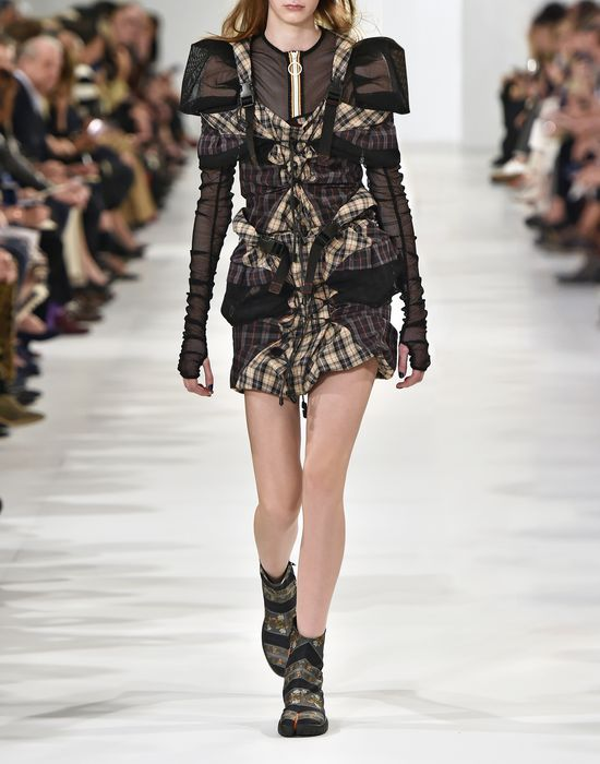 MAISON MARGIELA Look 19: Backpack Dress Short dress Woman b