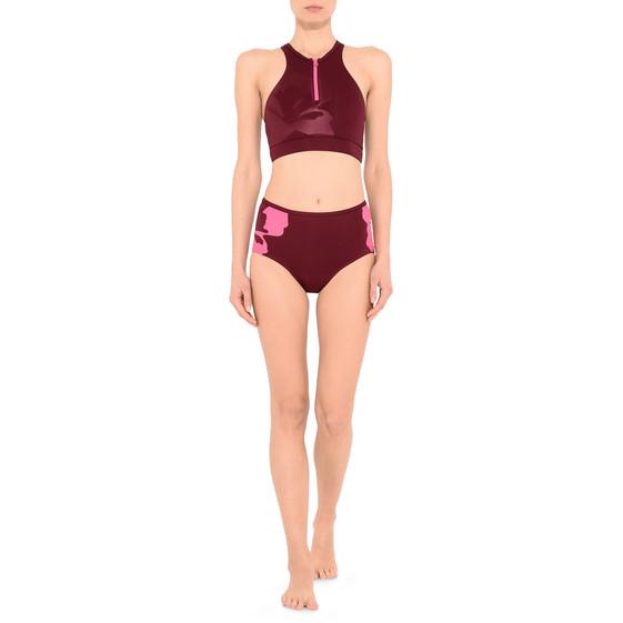 Haut de bikini couleur cerise