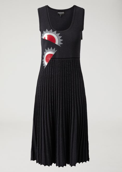 Knitted dress with pleated skirt and geometric print