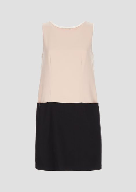Sleeveless crêpe dress with contrasting hemline